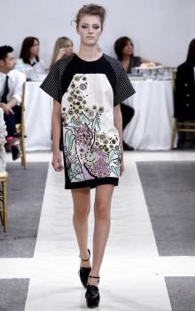 Модные расцветки туник фото (26)