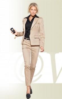 Романтический образ с узкими брюками фото (4)