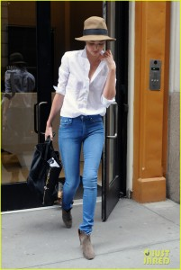 Miranda Kerr Wearing Bright Blue Jeans