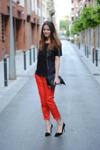С чем носить узкие женские брюки фото (24)