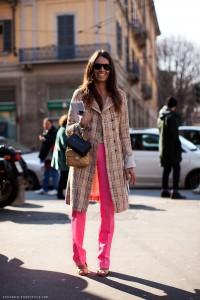 С чем носить узкие женские брюки фото (30)