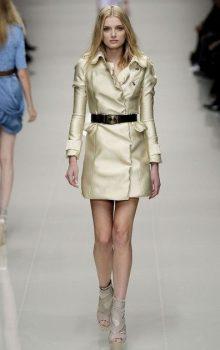 модные пальто из блестящей ткани фото (9)