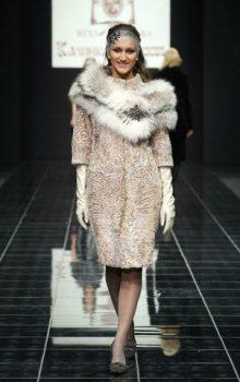 пальто с меховой гаржеткой фото (12)