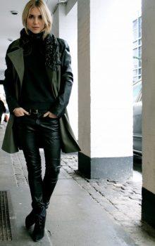 модные кожаные брюки 2017 фото (16)