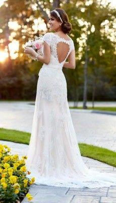 svadebnie-platiya-s-otkritoy-spinoy (25)