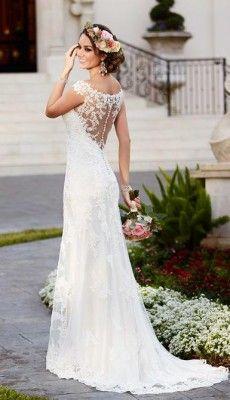 svadebnie-platiya-s-otkritoy-spinoy (31)