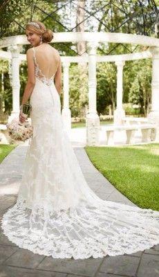 svadebnie-platiya-s-otkritoy-spinoy (36)