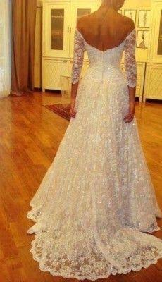 svadebnie-platiya-s-otkritoy-spinoy (41)