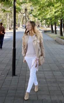 Повседневные образы с узкими брюками, джинсами фото (23)