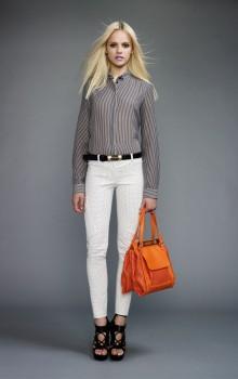 Повседневные образы с узкими брюками, джинсами фото (24)