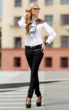 С чем носить узкие женские брюки фото (15)