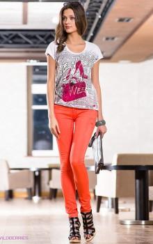 С чем носить узкие женские брюки фото (7)