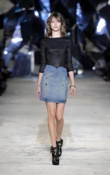 с чем носить джинсовую юбку карандаш фото (12)