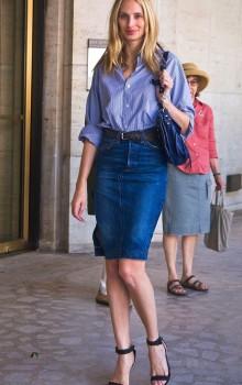 с чем носить джинсовую юбку карандаш фото (16)